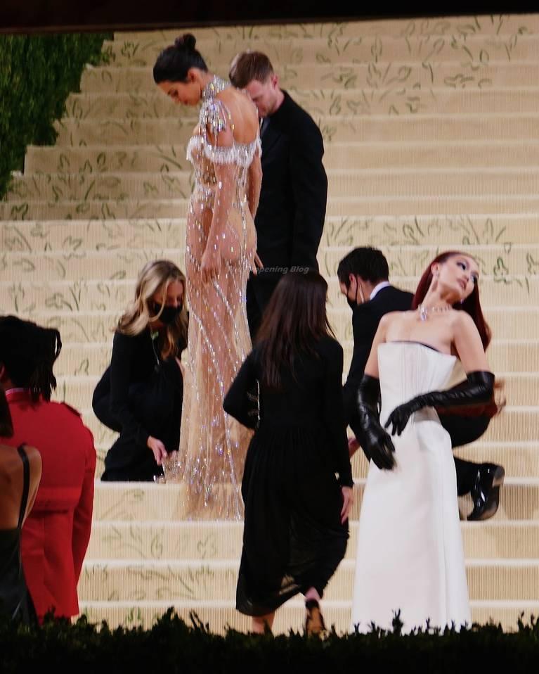 Kendall Jenner Naked Dress 64