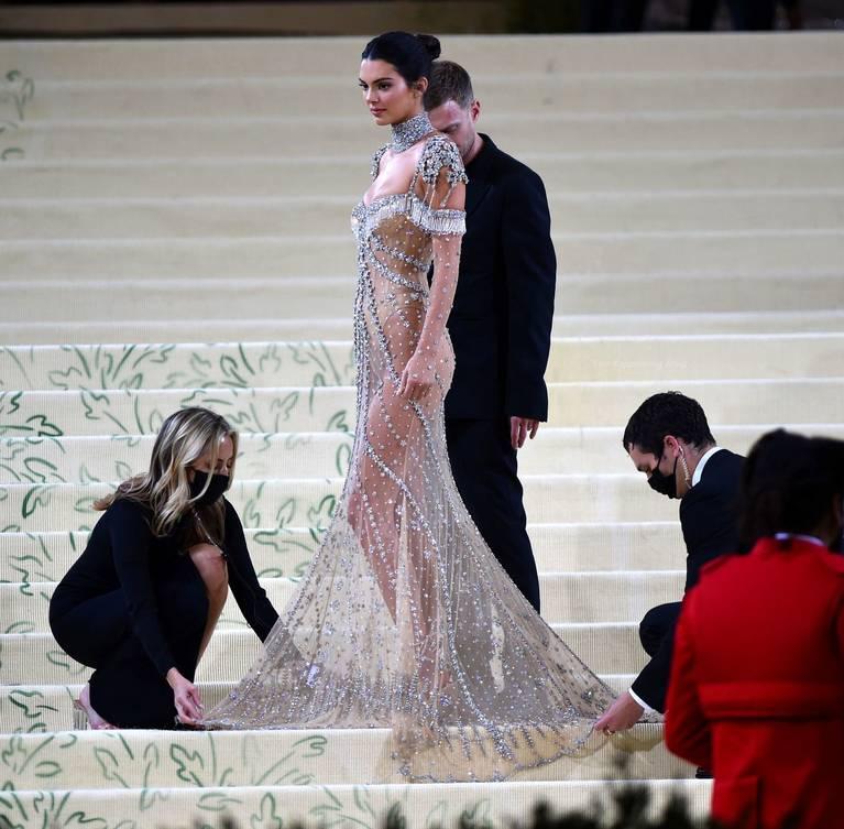 Kendall Jenner Naked Dress 74