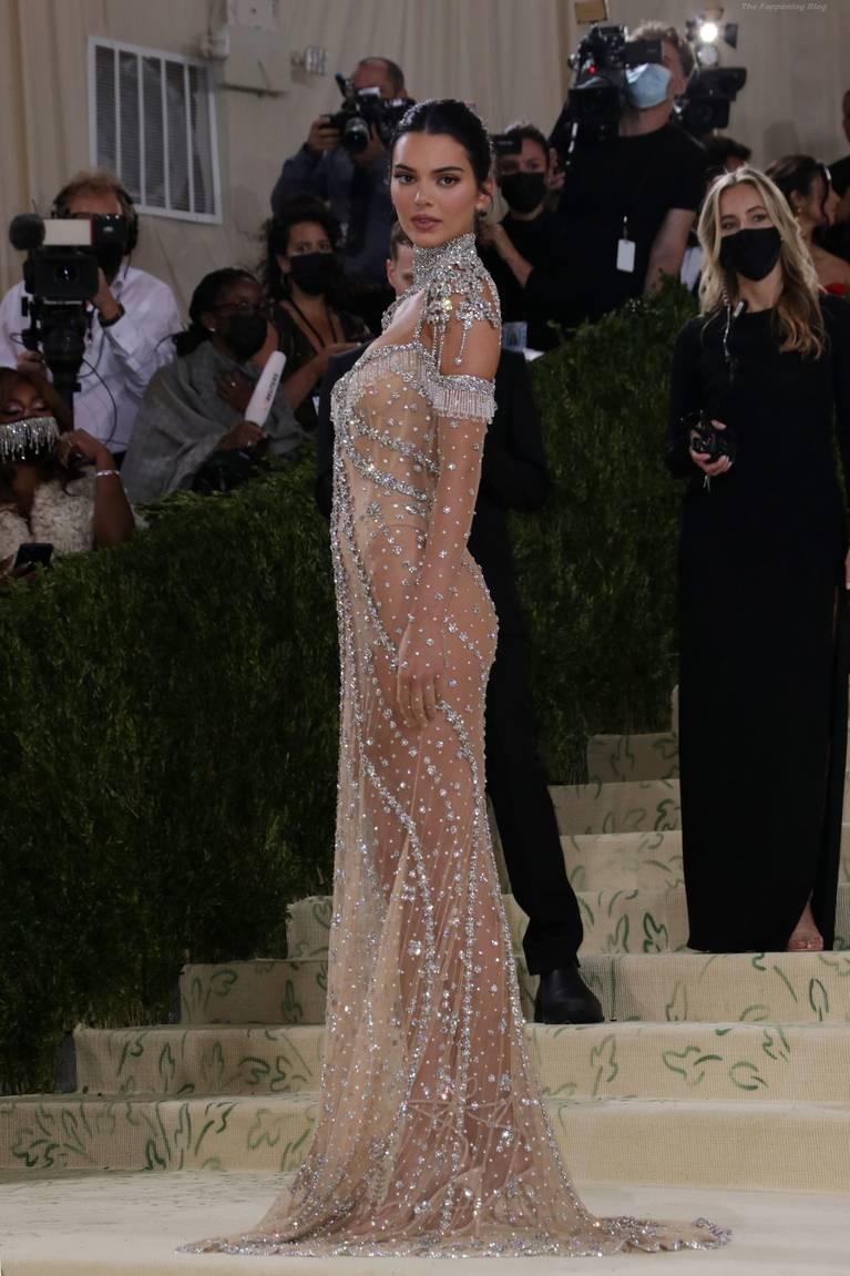 Kendall Jenner Naked Dress 84