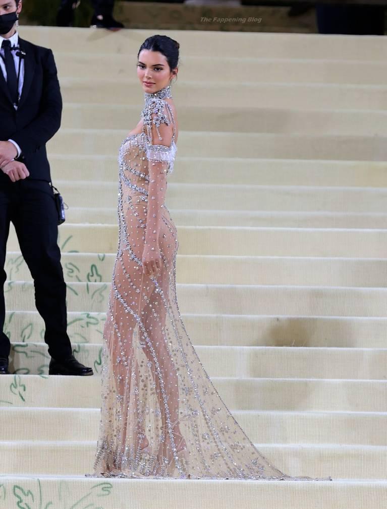 Kendall Jenner Naked Dress 115
