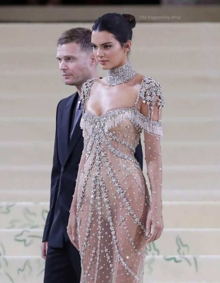 Kendall Jenner Naked Dress 138