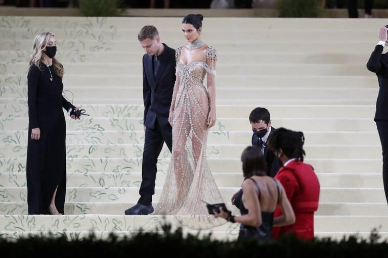 Kendall Jenner Naked Dress 143