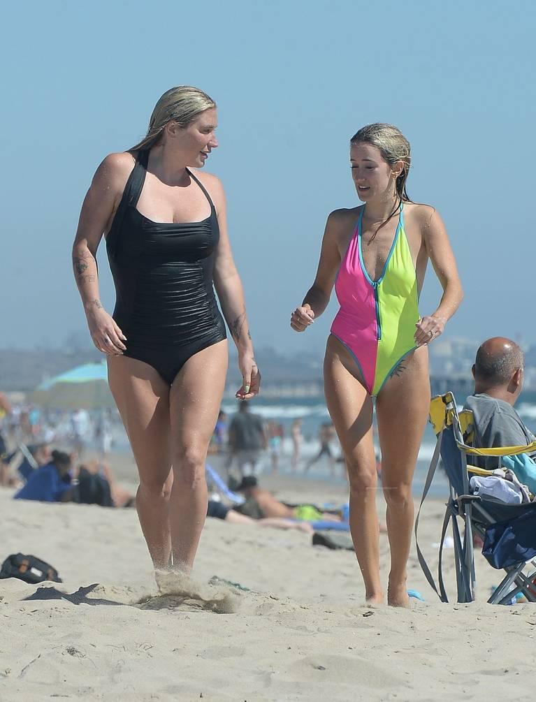 Kesha on Beach 8