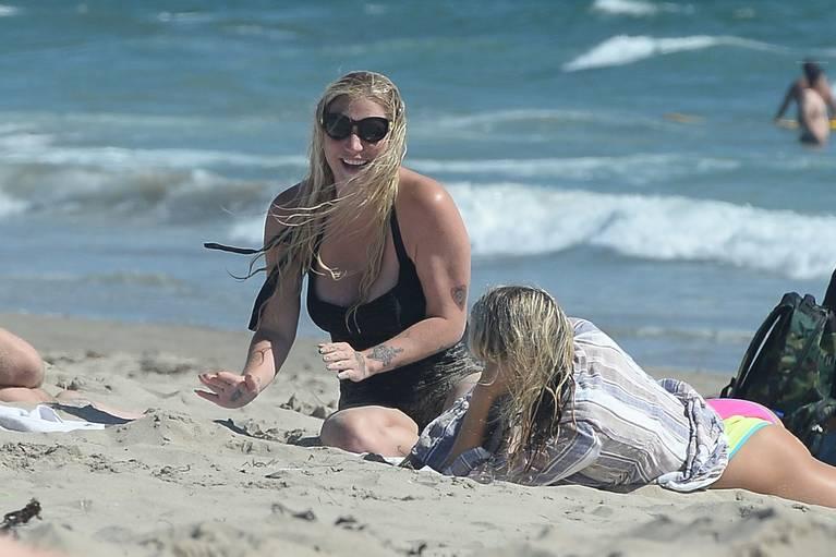 Kesha on Beach 29