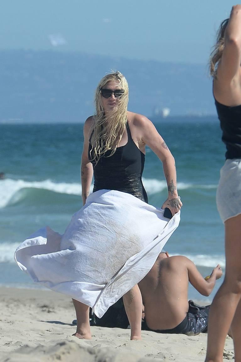 Kesha on Beach 45