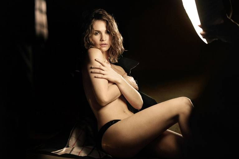 Lily James Nude Sexy 16