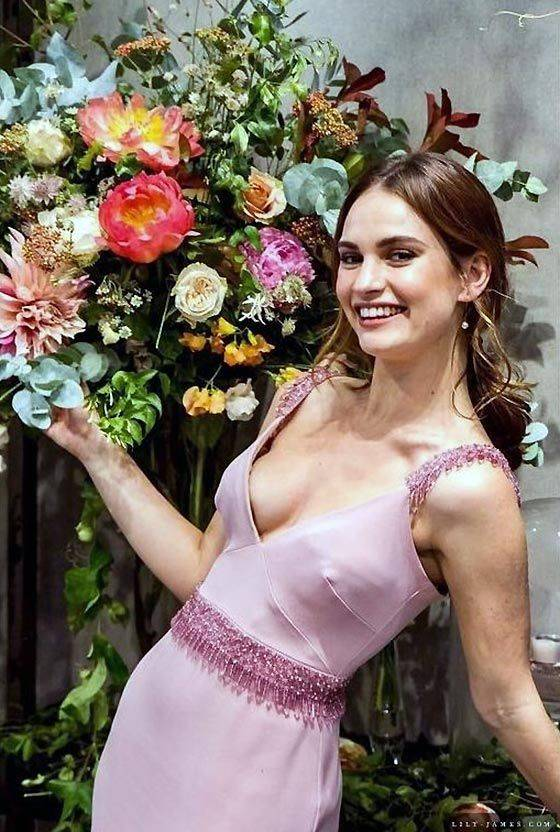 Lily James Nude Sexy 33