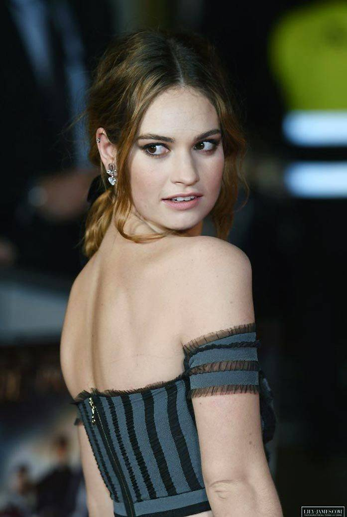 Lily James Nude Sexy 67
