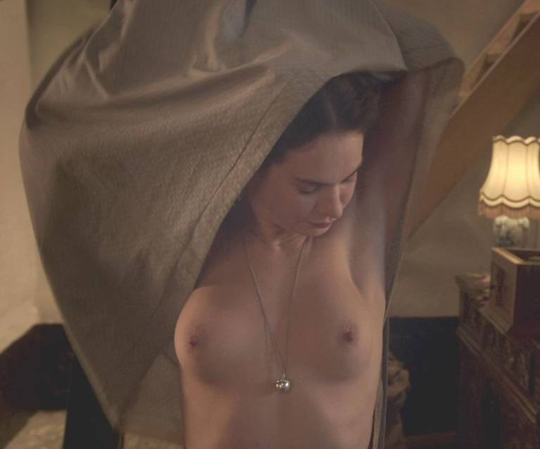 Lily James Nude Sexy 120