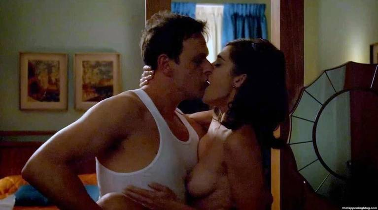 Lizzy Caplan Naked Sexy Leaked The Fappening 33