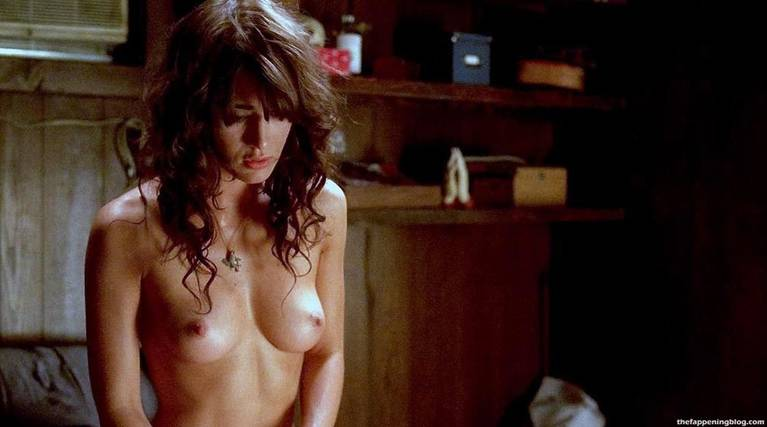 Lizzy Caplan Naked Sexy Leaked The Fappening 53