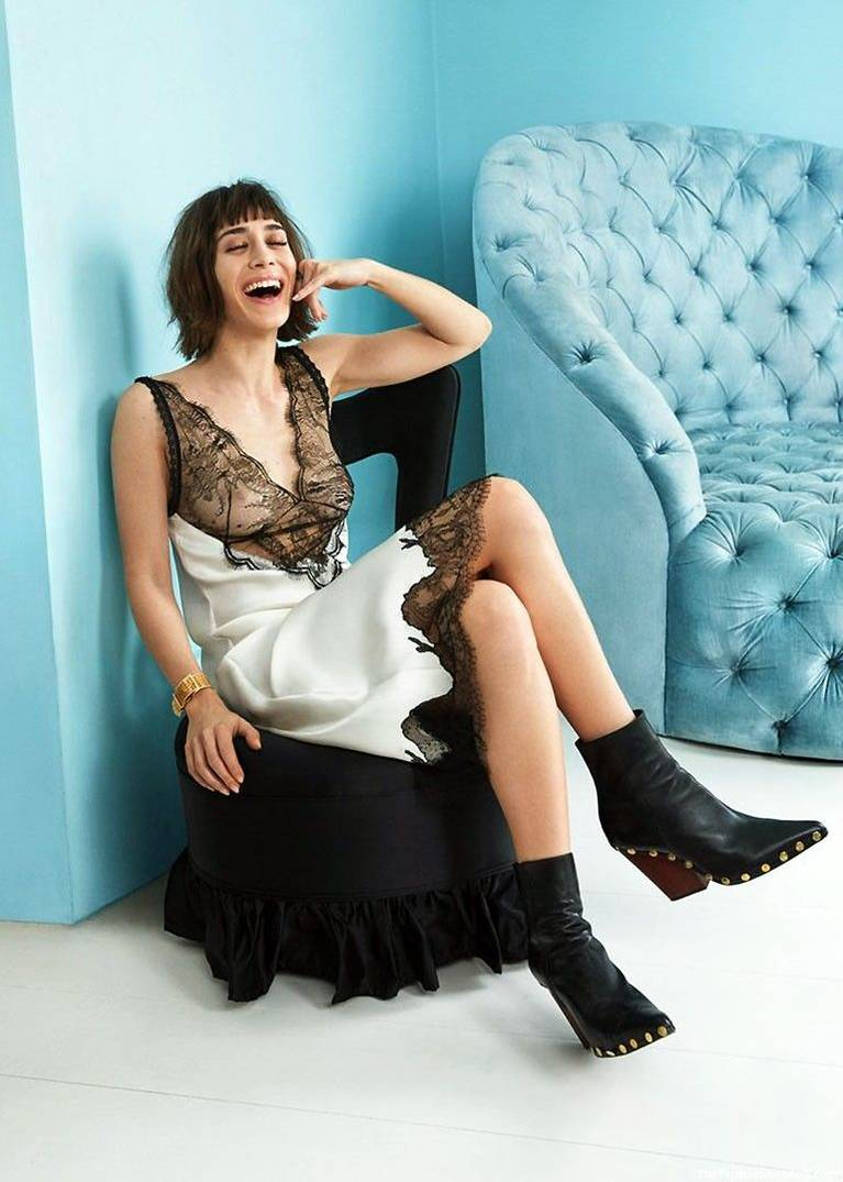 Lizzy Caplan Naked Sexy Leaked The Fappening 59