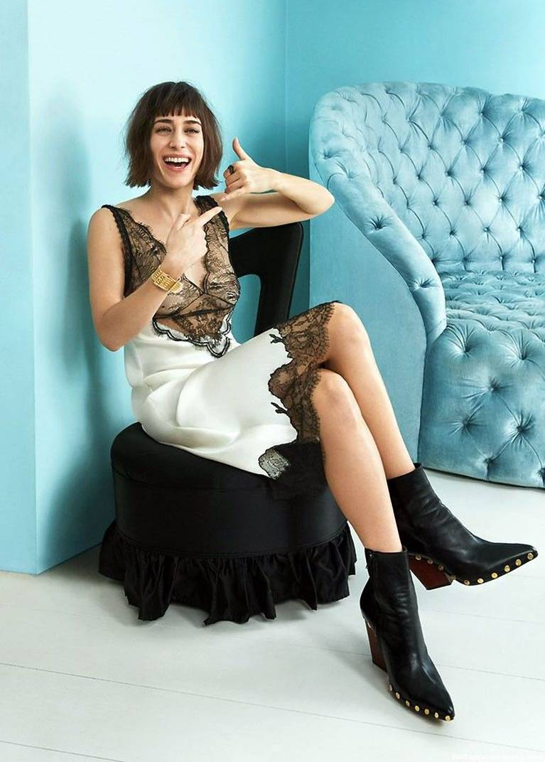 Lizzy Caplan Naked Sexy Leaked The Fappening 60