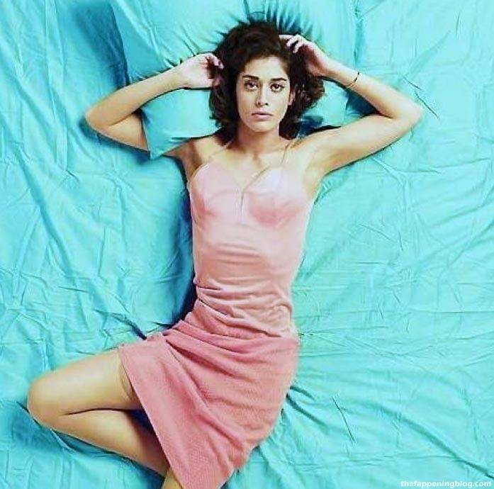 Lizzy Caplan Naked Sexy Leaked The Fappening 78