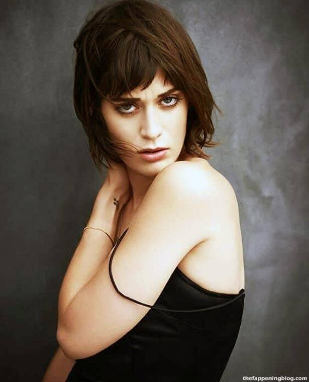 Lizzy Caplan Naked Sexy Leaked The Fappening 92