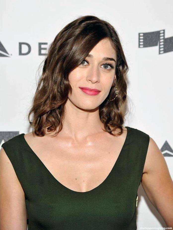 Lizzy Caplan Naked Sexy Leaked The Fappening 99