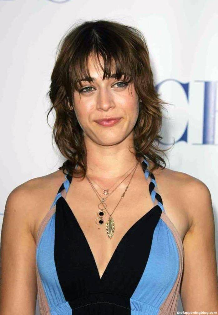 Lizzy Caplan Naked Sexy Leaked The Fappening 106