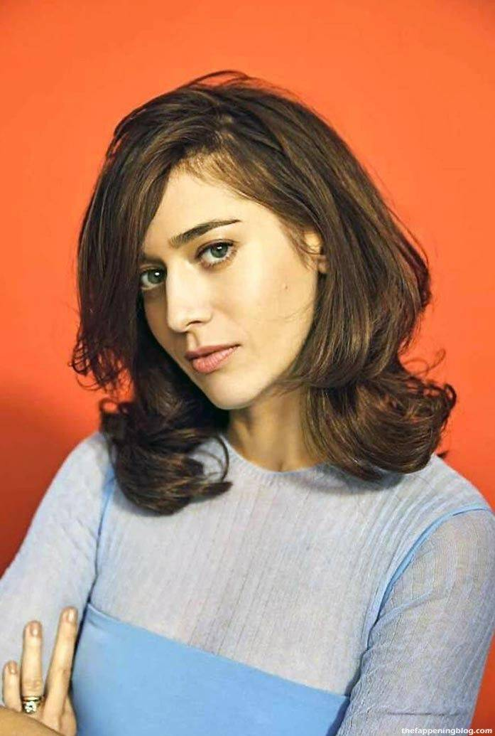 Lizzy Caplan Naked Sexy Leaked The Fappening 108