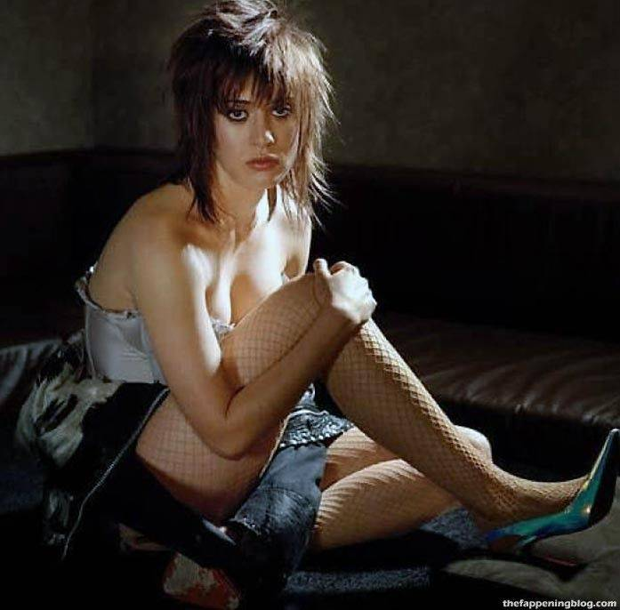 Lizzy Caplan Naked Sexy Leaked The Fappening 113