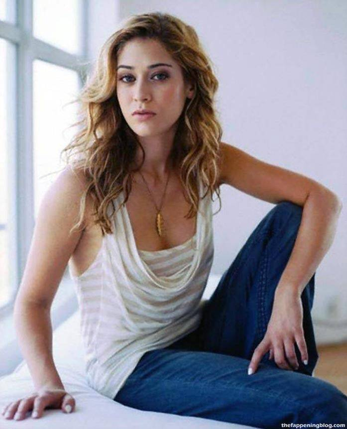 Lizzy Caplan Naked Sexy Leaked The Fappening 115