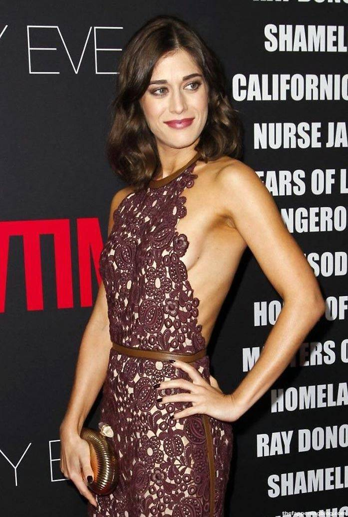Lizzy Caplan Naked Sexy Leaked The Fappening 125
