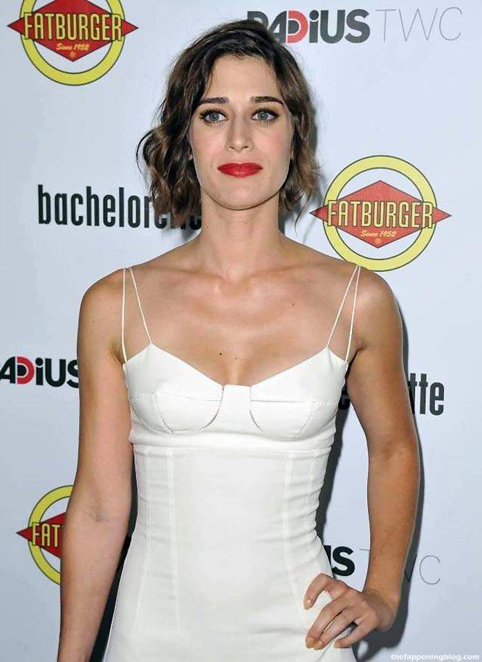 Lizzy Caplan Naked Sexy Leaked The Fappening 128