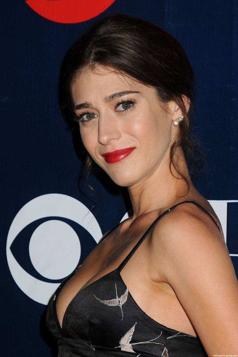Lizzy Caplan Naked Sexy Leaked The Fappening 141