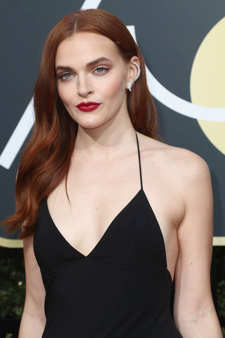 Madeline Brewer Nude Sexy 8