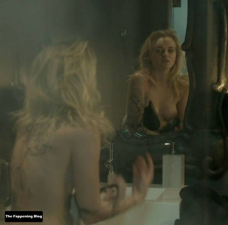 Madeline Brewer Nude Sexy 32