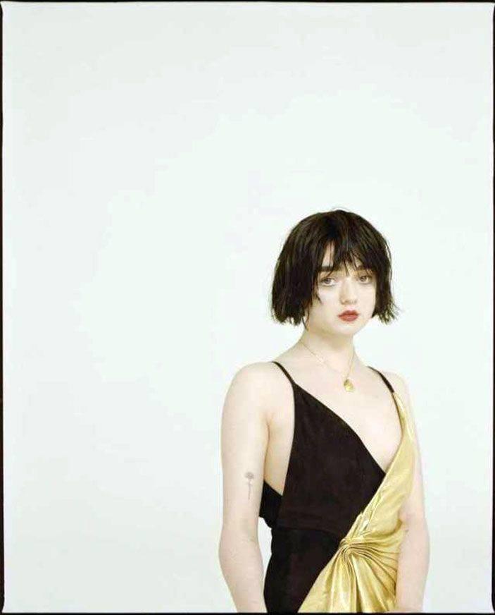 Maisie Williams Nude 24