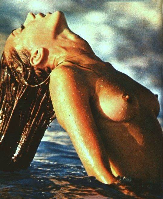 Marisa Berenson Nude Sexy 6