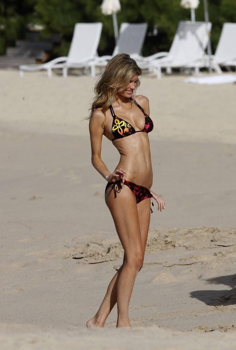 Marisa Miller Nude Sexy 44