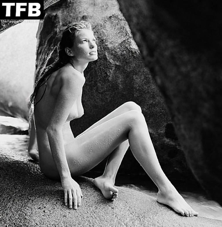 Marisa Miller Nude Sexy 59