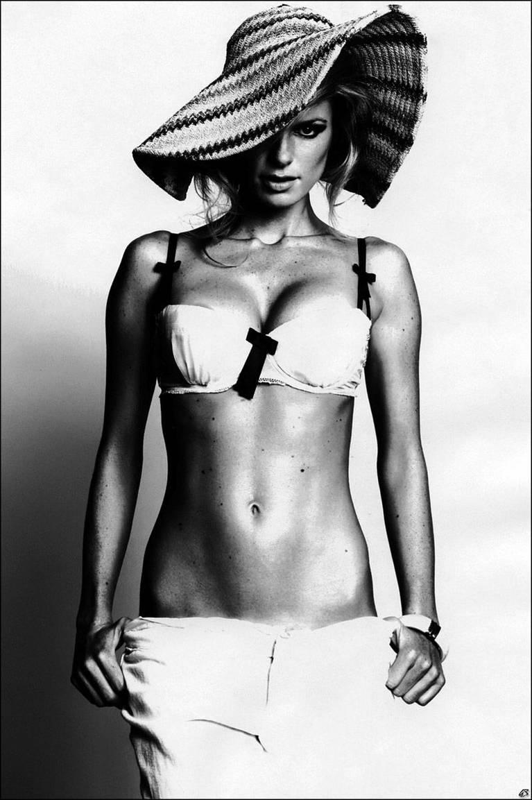 Marisa Miller Nude Sexy 67