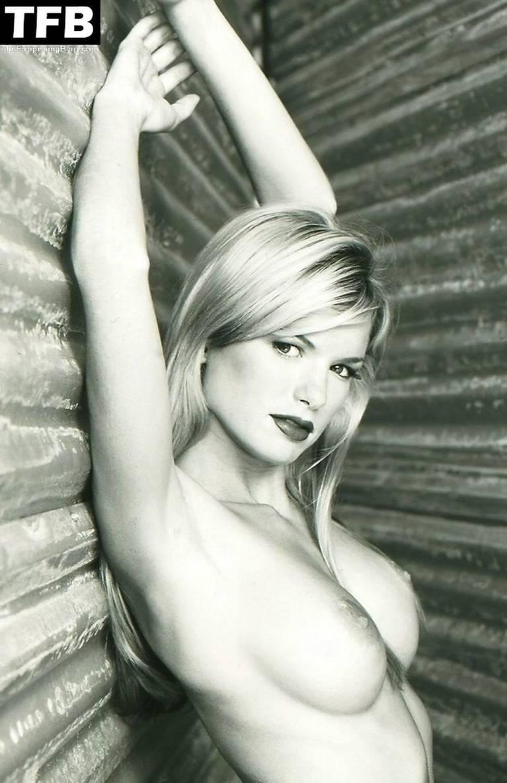 Marisa Miller Nude Sexy 73