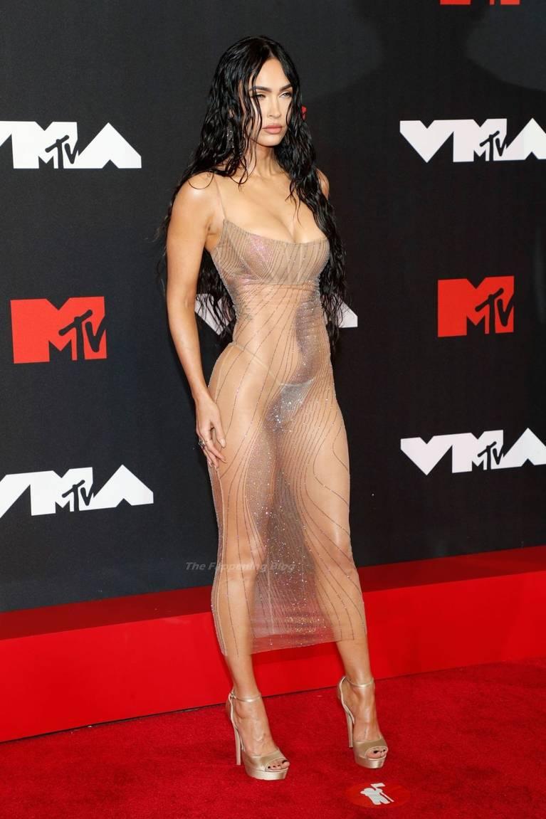 Megan Fox Sexy 39