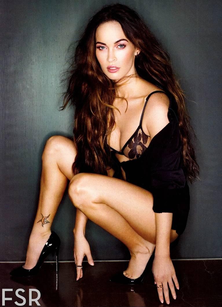 Megan Fox Nude Sexy 4