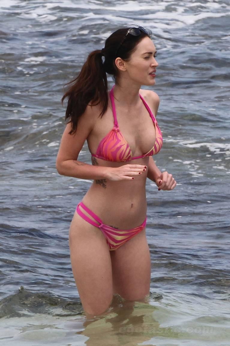 Megan Fox Nude Sexy 8
