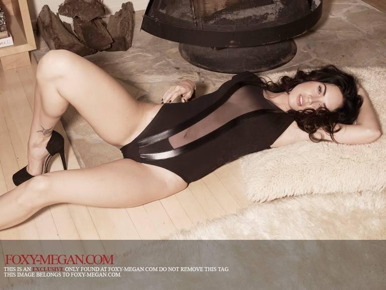 Megan Fox Nude Sexy 50