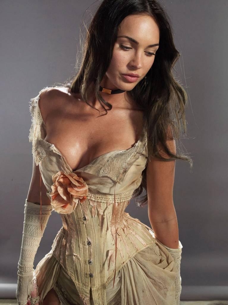 Megan Fox Nude Sexy 60