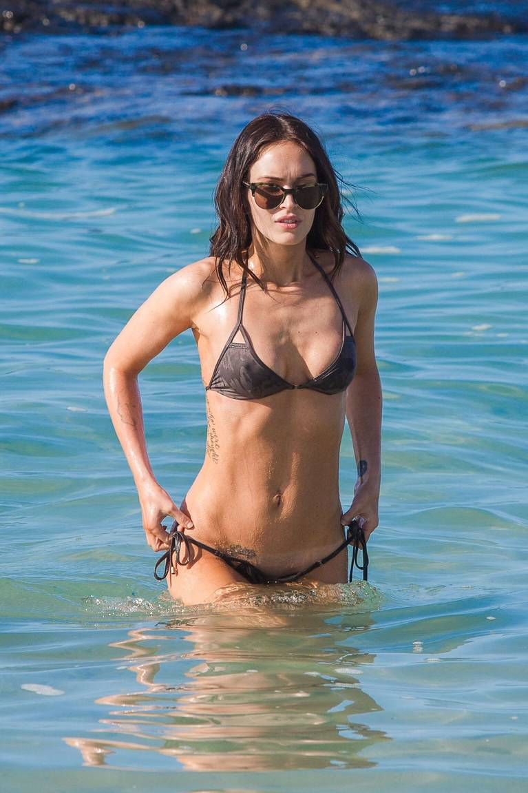 Megan Fox Nude Sexy 84