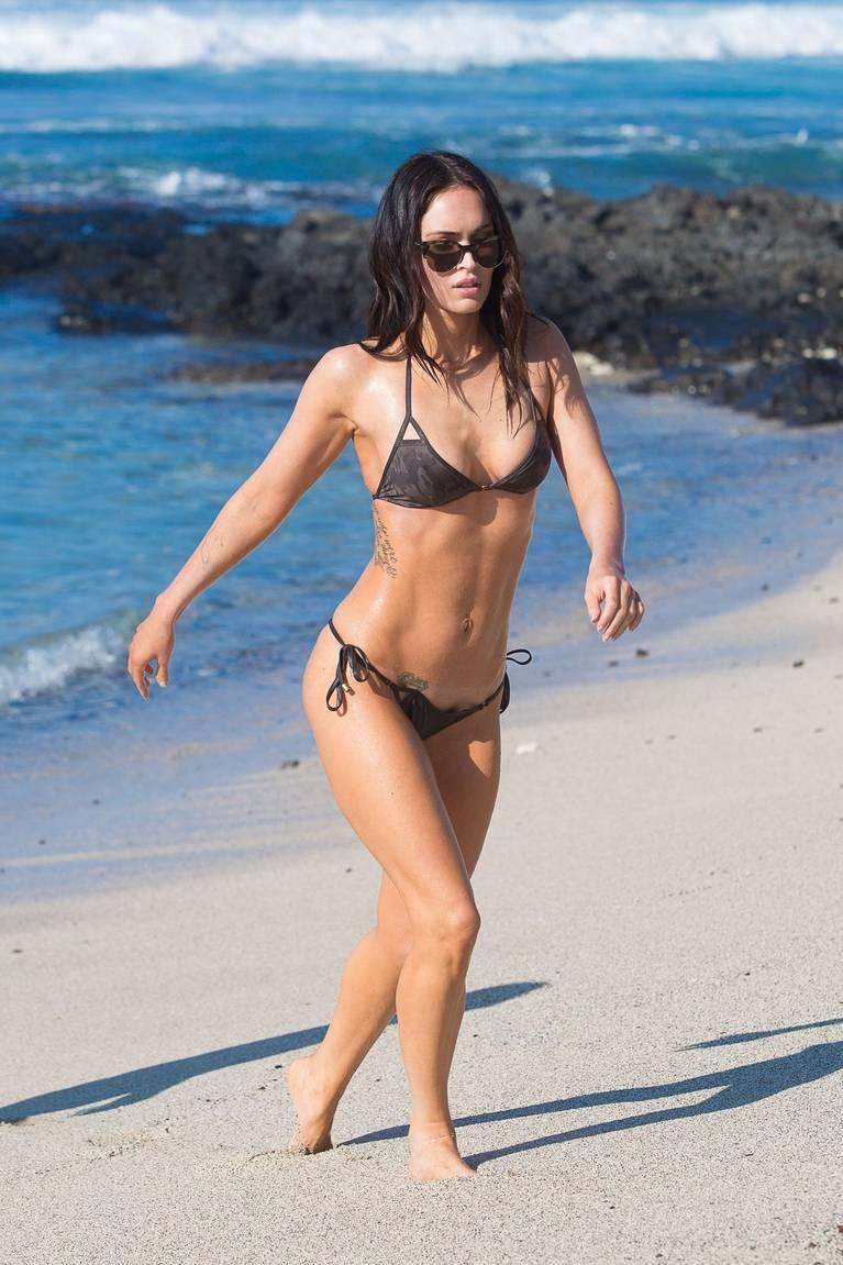 Megan Fox Nude Sexy 85