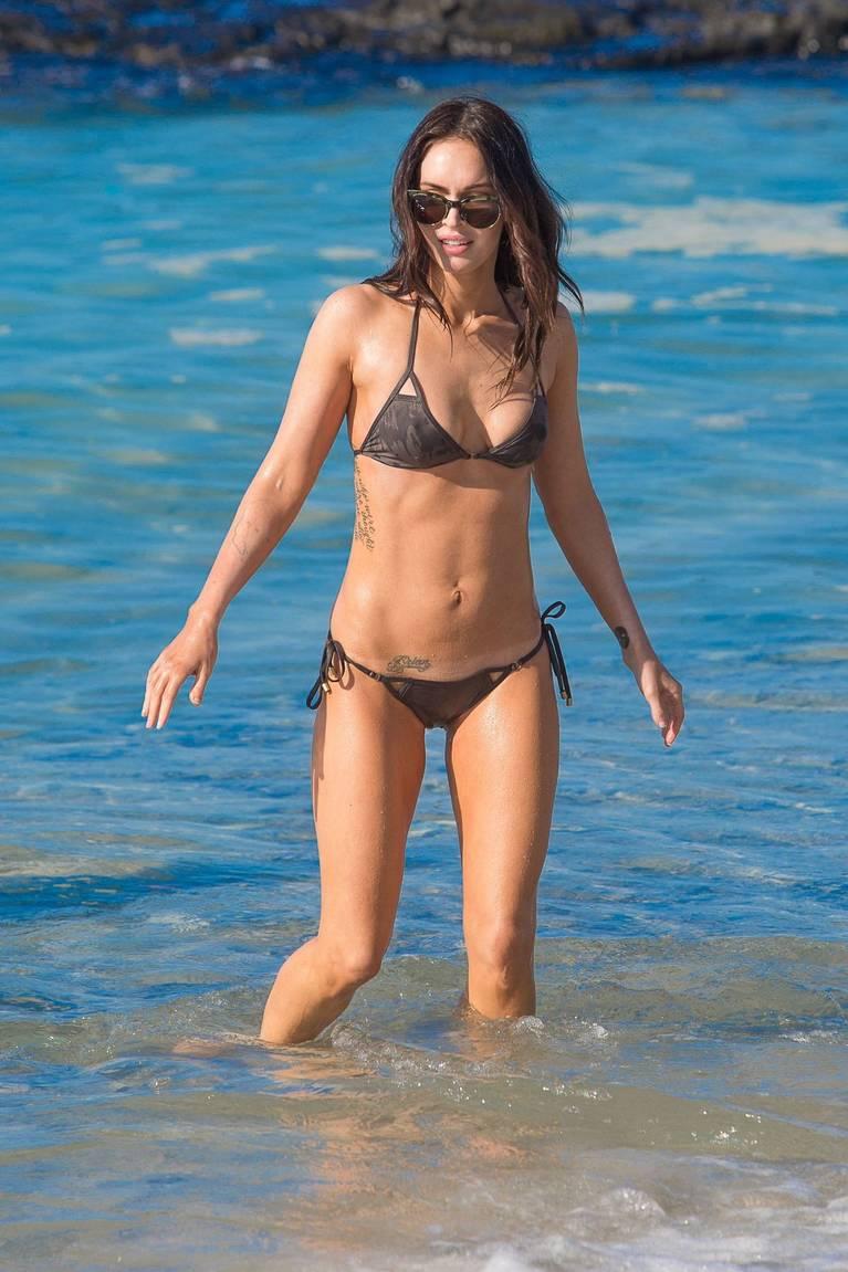 Megan Fox Nude Sexy 89