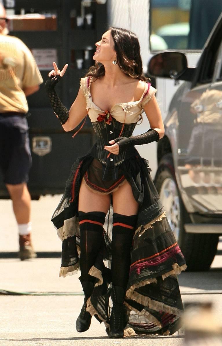 Megan Fox Nude Sexy 98