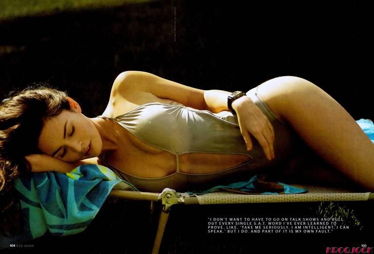 Megan Fox Nude Sexy 104
