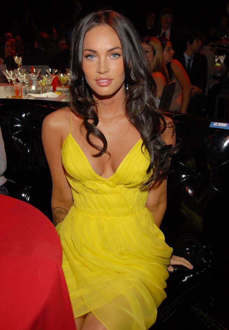 Megan Fox Nude Sexy 107