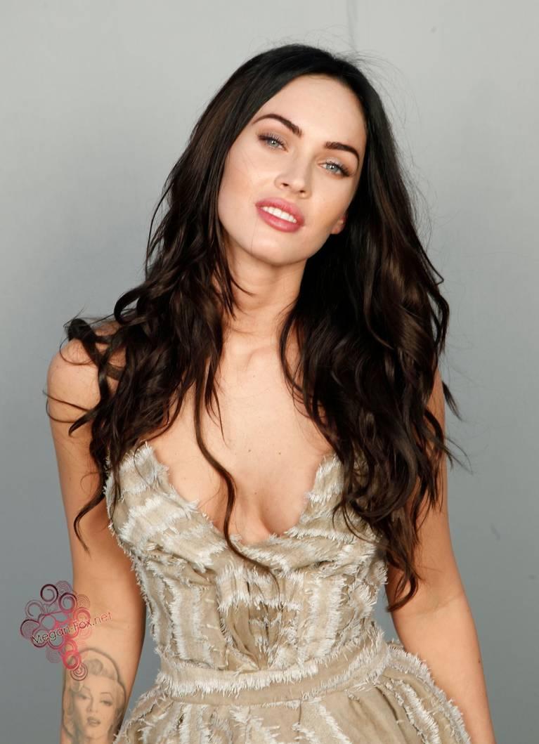 Megan Fox Nude Sexy 116