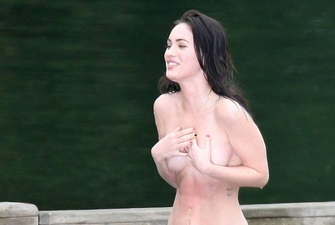 Megan Fox Nude Sexy 134