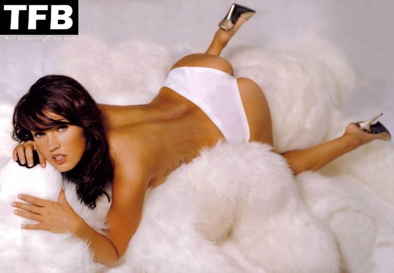 Megan Fox Nude Sexy 143