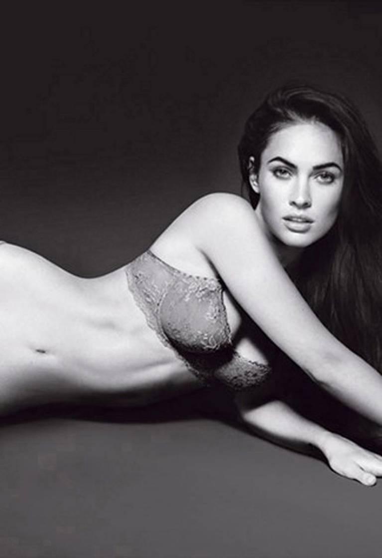 Megan Fox Nude Sexy 154